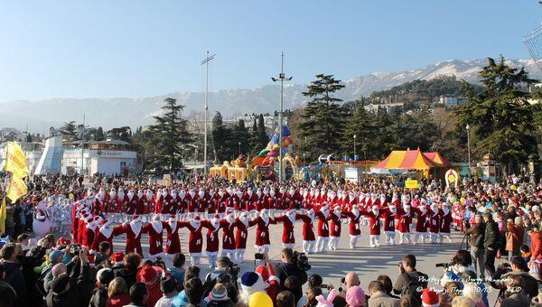700 Дедов Морозов приедут в Ялту на Новый год