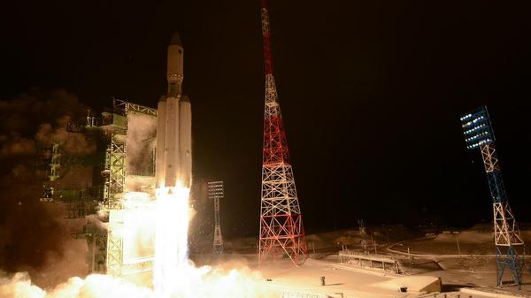 Пуск ракеты-носителя тяжелого класса Ангара-А5