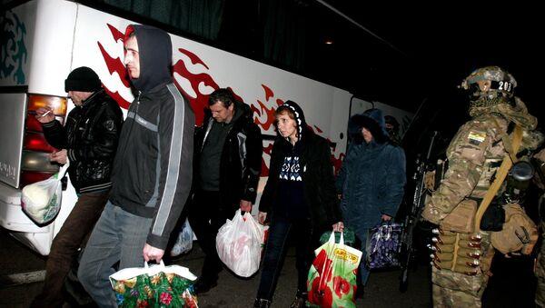 Военнопленные, вернувшиеся в Донецкую Народную Республику в результате обмена пленными. Архивное фото