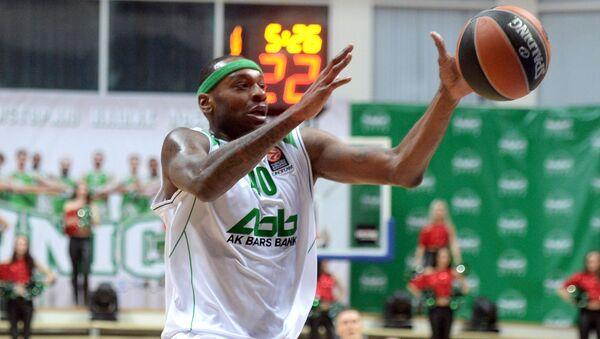 Баскетболист БК УНИКС Дьор Фишер. Архивное фото