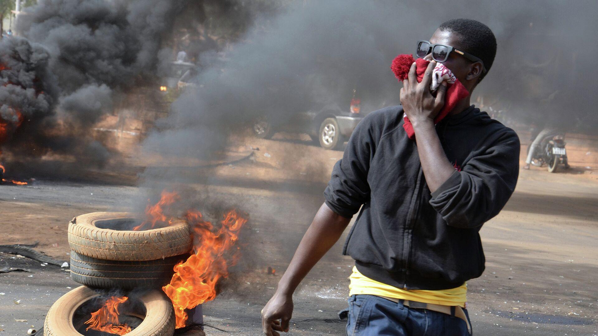 Беспорядки в городе Ниамей в Нигере - РИА Новости, 1920, 02.01.2021