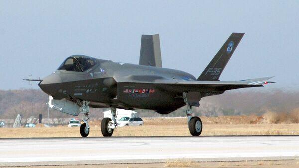 Истребитель ВВС США F-35