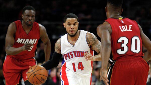 Игровой момент матча НБА Майами - Детройт, 3 февраля 2015