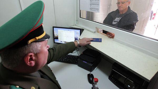 Работа белорусской таможенной службы. Архивное фото