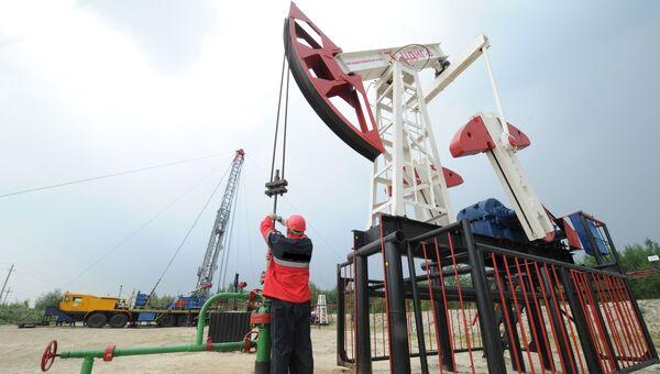 Оператор по добыче нефти на нефтяном кусте