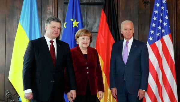 Меркель, Порошенко и Байден на встрече в Мюнхене, 7 февраля 2015