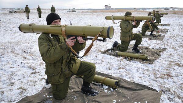 Солдаты украинской армии проходят обучение в районе Львова