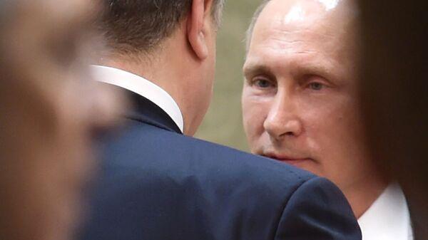 Вгосударстве Украина  опубликовали запись разговора Владимира Путина  иПорошенко