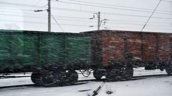 Товарный поезд. Архивное фото