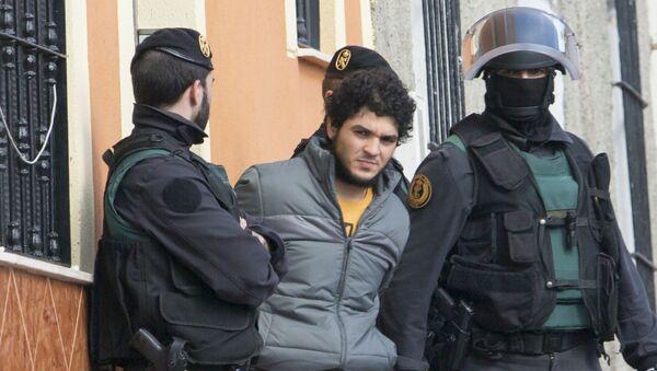 Сторонник террористической организации Исламское государство задержан в Мелилье, испанском анклаве в Марокко. 24 февраля 2015
