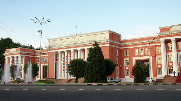Здание парламента Республики Таджикистан в Душанбе