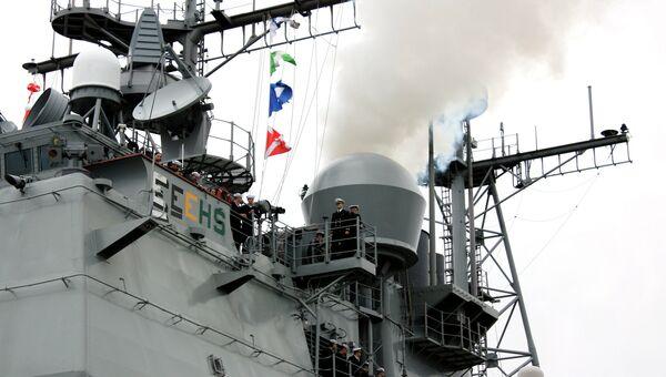 Эскадра кораблей ВМС США, отправляющаяся в кругосветный поход. Архивное фото