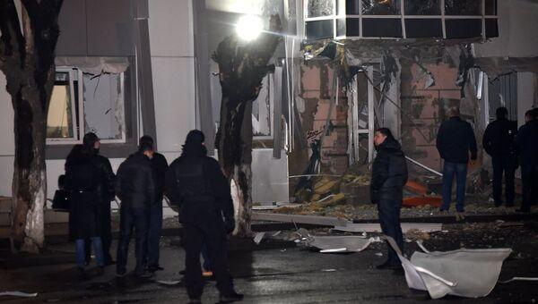 На месте взрыва в Одессе возле здания бизнес-центра Адмиралтейский, где расположен офис парламентской партии Самопомощь