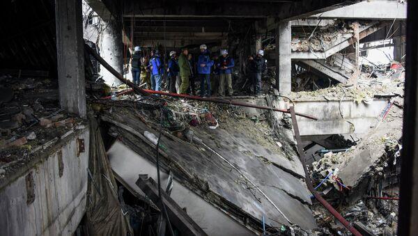 Разрушенное здание аэропорта Донецка. Архивное фото