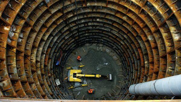 Строительство станции метро Москвы. Архивное фото