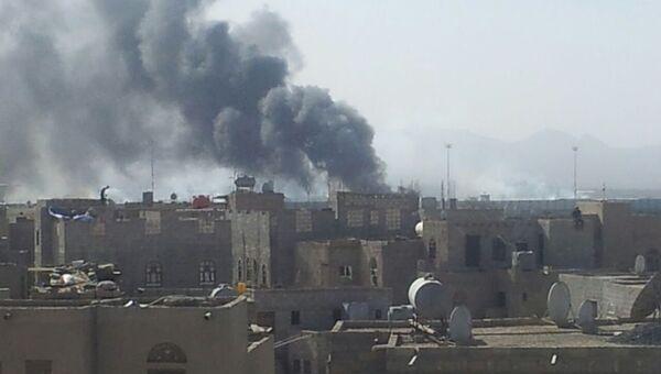 Последствия авиаударов по аэропорту Йемена
