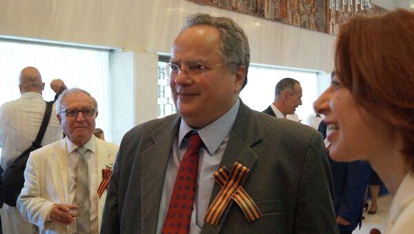 Глава МИД Греции Никос Котзиас. Архивное фото