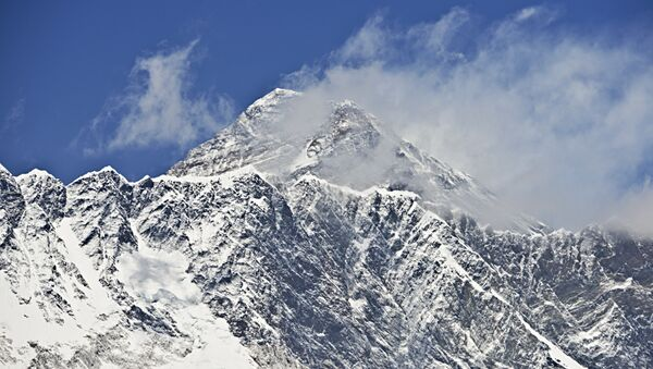 Эверест. Архивное фото