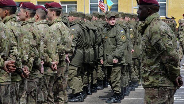 Американо-украинские учения с участием бойцов Нацгвардии. Апрель 2015. Архивное фото