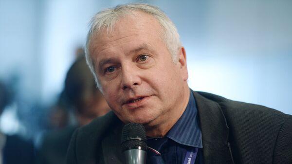 Политолог Александр Рар