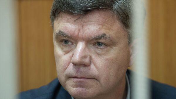 Председатель думы Хабаровского края Виктор Чудов в Басманном суде Москвы. Архивное фото
