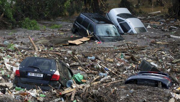Последствия наводнения в Тбилиси