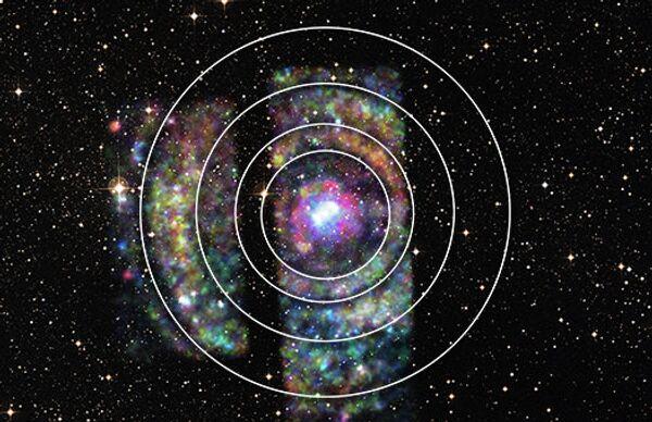 Астрофизики обнаружили яркий набор колец от вспышки нейтронной звезды