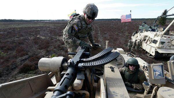 Американские военнослужащие во время учений НАТО в Литве. Архивное фото