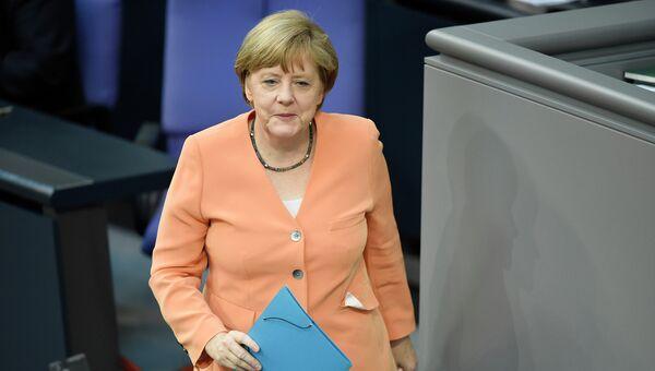 Канцлер Германии Ангела Меркель перед выступлением в бундестаге. Архивное фото