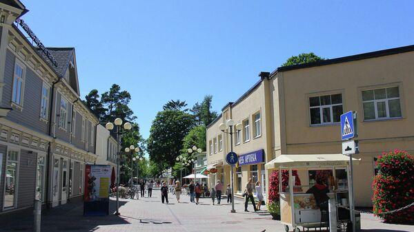 Вид на главную улицу Юрмалы