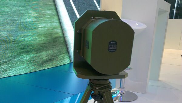 Лазерный гирокомпас ходлдинга Швабе на выставке Иннопром 2015. Архивное фото