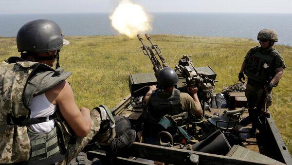 Учения украинских сил возле Мариуполя