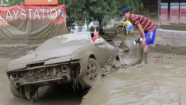 Сход селевого потока в Алматы