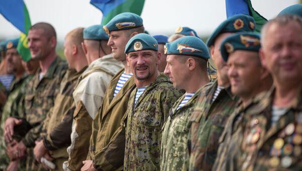 Ветераны ВДВ. Архивное фото
