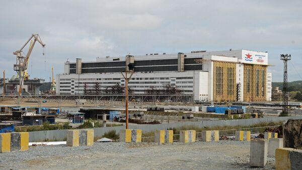 Здание ОАО Дальневосточный завод Звезда. Архивное фото
