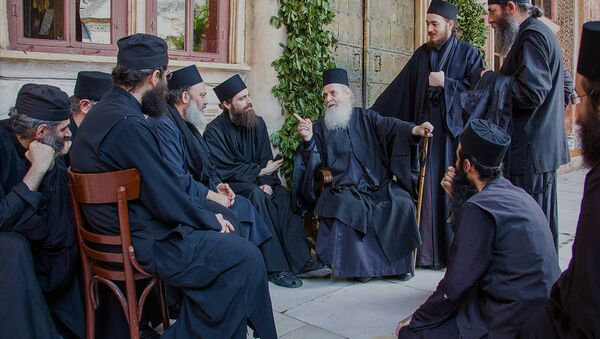 Афонские монахи