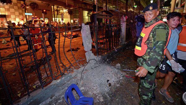 Полицейский на месте взрыва бомбы в центре Бангкока