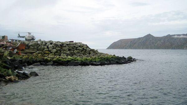 Остров Крузенштерна (Малый Диомид), который принадлежит США, и остров Ратманова (большой Диомид), - территория России