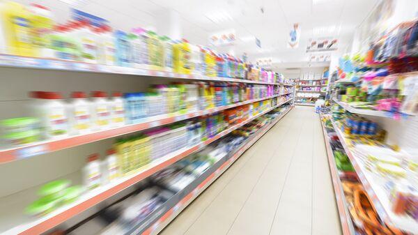 Отдел бытовой химии в магазине