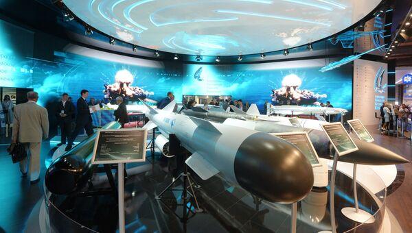 Павильон Государственного научно-производственного предприятия Регион во время открытия Международного авиационно-космического салона МАКС-2015