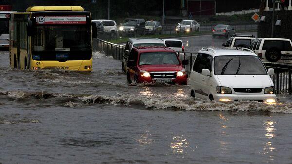Последствия тайфуна Гони. Архивное фото