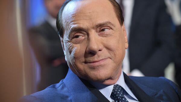 Берлускони перенес лапароскопию и будет выписан через несколько дней