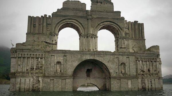 Руины храма XVI века на реке Грихальва, Мексика