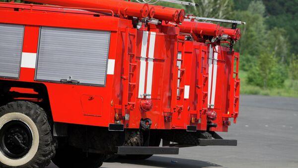 Пожарные машины на парковке. Архивное фото