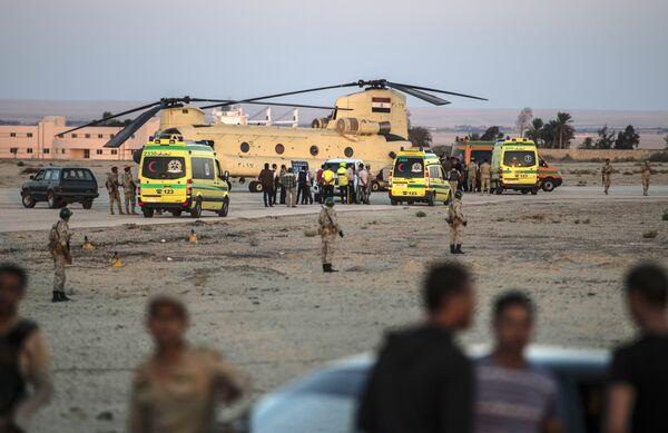 Военная авиабаза, откуда тела жертв крушения российского самолета будут доставлены в Каир, Египет. 31 октября 2015