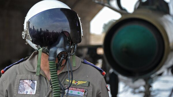 Сирийский летчик на авиабазе Хама. Архивное фото