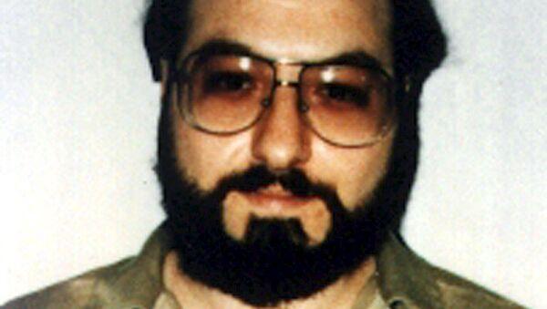 Джонатан Поллард - американский еврей, бывший аналитик в военно-морской разведке США, осуждённый в США за шпионаж в пользу Израиля в 1987 году и приговорённый к пожизненному заключению