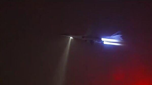Стратегические ракетоносцы ВКС РФ дозаправились в воздухе на боевом вылете