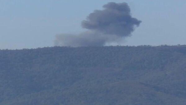 Самолет Су-24, потерпевший крушение на границе Сирии и Турции. Архивное фото