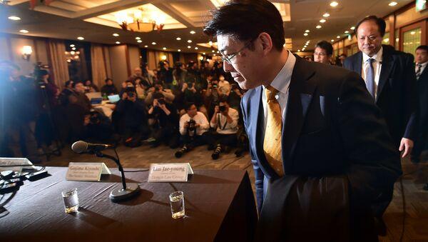 Японский журналист Тацуя Като на пресс-конференции после решения суда о его освобождению
